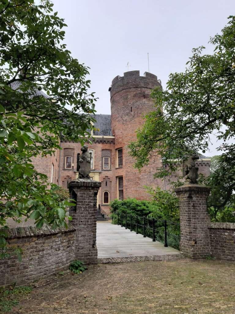 kasteel loenersloot donjon